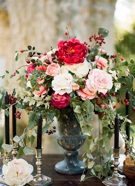 Worlds Tallest Organic Roses by 20 Truly Stunning Wedding Centrepieces Chic Vintage