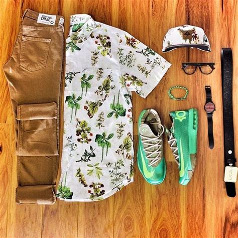 grid pattern outfit outfit grid cook look but switch the green shoes with
