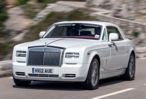 phantom car 2015 top 10 most luxurious cars of 2015 solo auto electronics