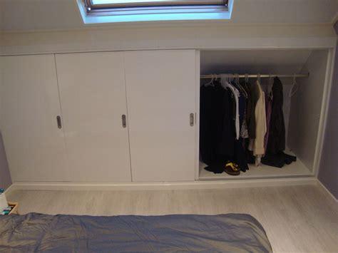 master bedroom wand dekorideen kledingkast schuine wand ikea zoeken zolder