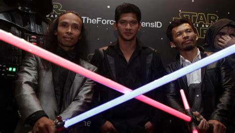 film iko uwais terbaru 2015 3 aktor indonesia hadir pada premiere film terbaru star