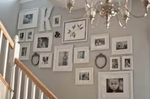 Ideas For Displaying Photos On Wall displaying photos on wall ideas images