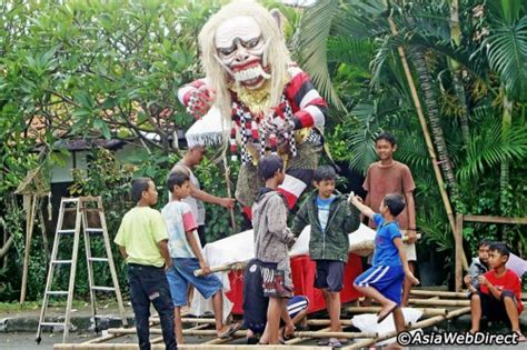 new year in bali utpalasia it s nyepi the day of silence in bali