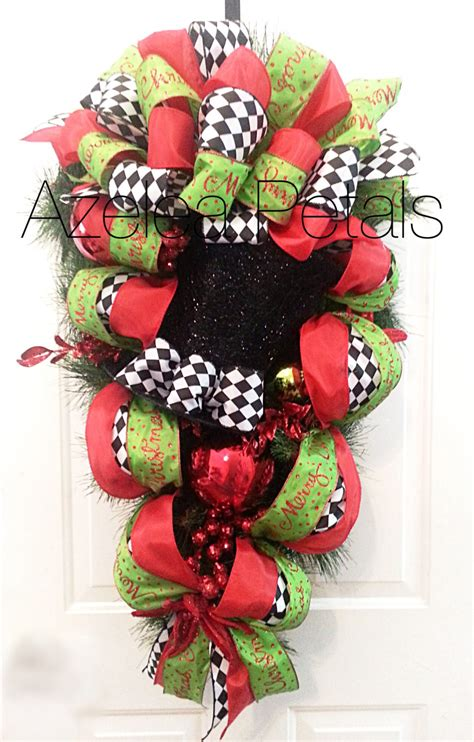 top hat christmas swag harlequin christmas swag black and