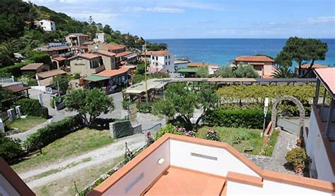 hotel le ghiaie portoferraio hotel le ghiaie all isola d elba hotel sul mare a