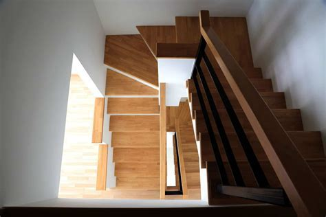 5 Reasons You Should Install Laminate Flooring On Stairs