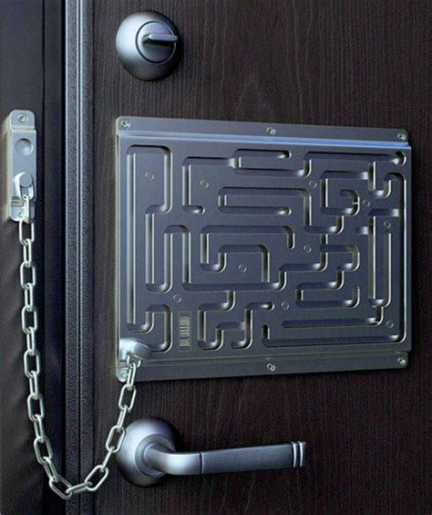 Door Safety by Labyrinth Security Door Chain