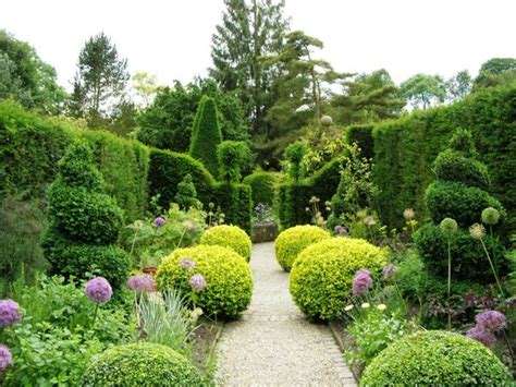 arts and crafts garden a garden room in the arts and crafts style picture of