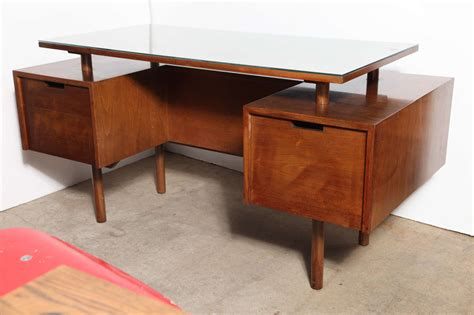 two sided desk rooms