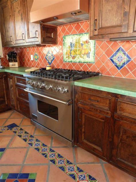 azulejos cocinas rusticas cocina r 250 stica con azulejos coloridos cocinas originales