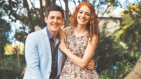 why the wiggles couple hid their relationship the wiggles romance purple and yellow wiggles secretly