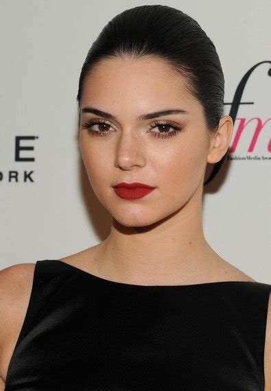 Kendall Jenner Hairstyle by Kendall Jenner Hairstyles Easy To Do At Home