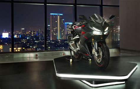 Honda Cbr250rr Non Abs 2016 ahm produksi 20 000 unit honda cbr250rr abs dan non abs