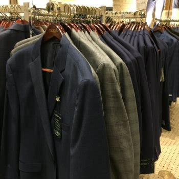 Buying A Suit The Rack by Buying Suits Best Guide To Buying A Suit On The