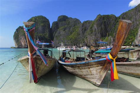 boat tour from phi phi island phi phi islands bamboo island by speed boat semplice