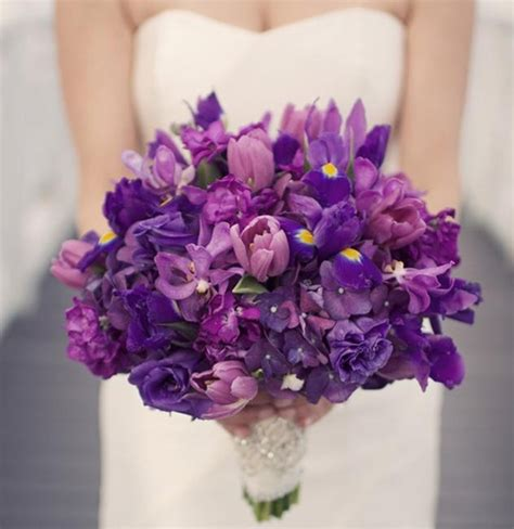 Wedding Flowers Purple by Purple Wedding Invitations And Wedding Ideas