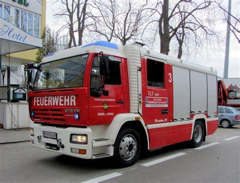 Feuerwehr Aufkleber Auto österreich by Feuerwehrfahrzeuge 214 Sterreich Fahrzeugbilder De