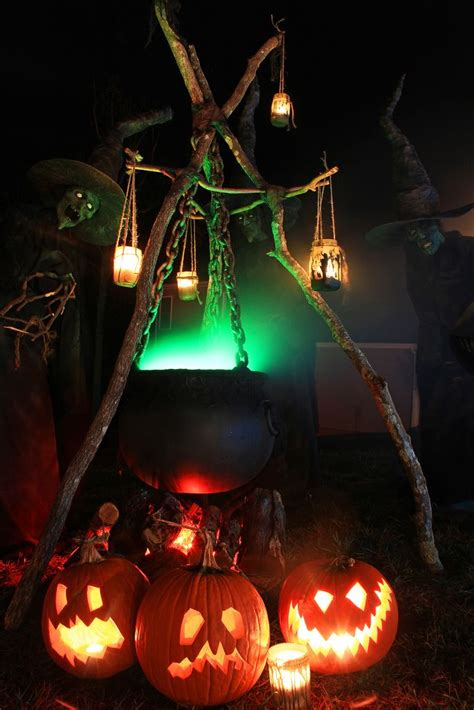 Witch Decorating Ideas by Witches Take 18 Themed Diy Crafts