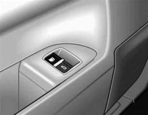 unlock door key download man driver unlocking or locking backdoor volkswagen touareg from 2003 to 2006 the year