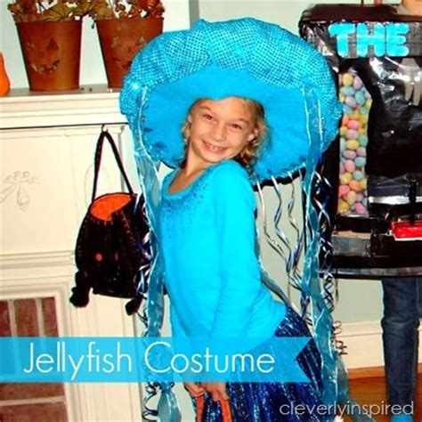 Handmade Costumes - diy jellyfish costume cleverly inspired