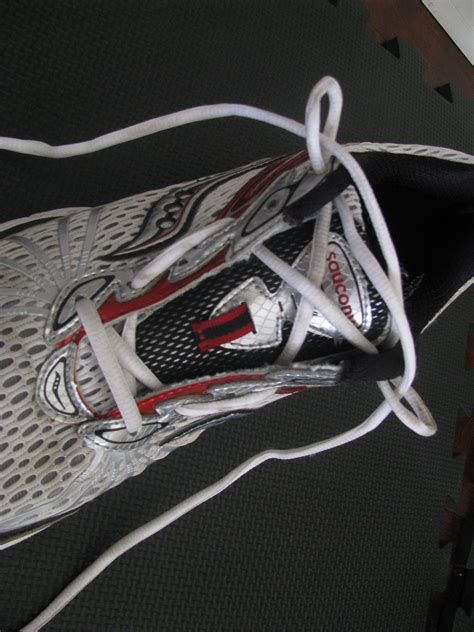 how to lace shoes for running better ways to lace running shoes bodyfuelspn