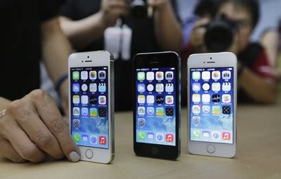 apple to start bigger iphones next month apple iphone 6 mass production slated to kick next