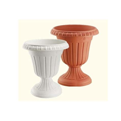 Cheap Flower Pots And Planters by Cheap Flower Pots Garden Plastic Pots Plastic Plant Pots