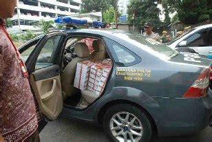 lesehan ayam jantan nasi kotak  nasi box lunch box
