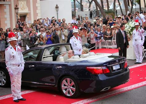 Wedding L by Lexus Ls 600h L Cadeau De Mariage Princier Boitier