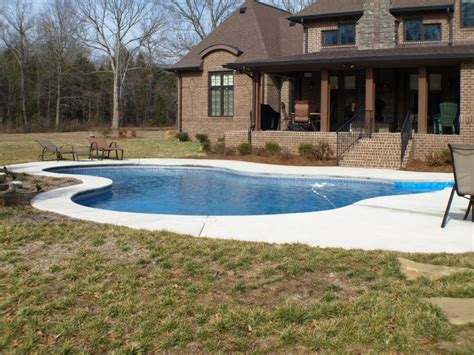backyard living pools 25 swimming pools in nashville tn decor23