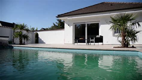 terrasse mit pool travertin terrasse mit pool urlaubsfeeling inklusive