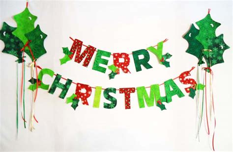 merry christmas garland with holly balloons pattern bs2
