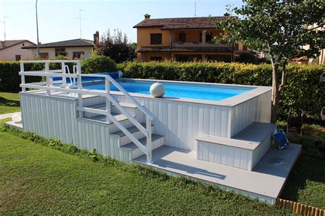 giardini con piscine fuori terra piscine fuoriterra piscine da terrazzo e giardino