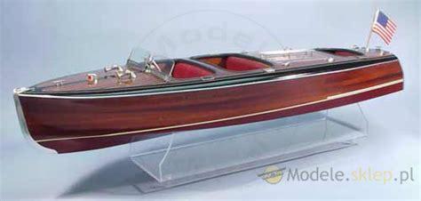 dumas chris craft model boats dumas chris craft triple cockpit barrel back 1241 boat