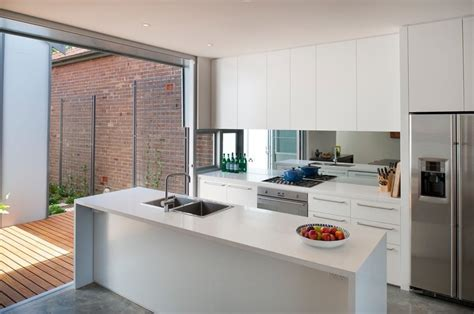 cuisine v馮騁arienne simple cocinas abiertas al exterior una conexi 243 n con el entorno