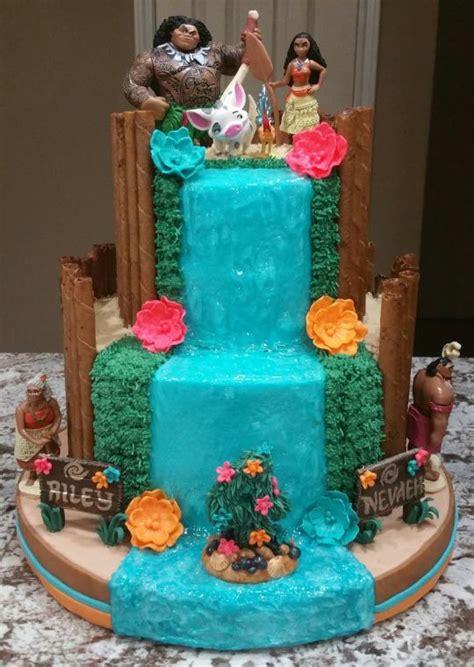 Hawaiian Home Decor by Quot Moana Quot Birthday Cake Cake By Eiciedoesitcakes Cakesdecor