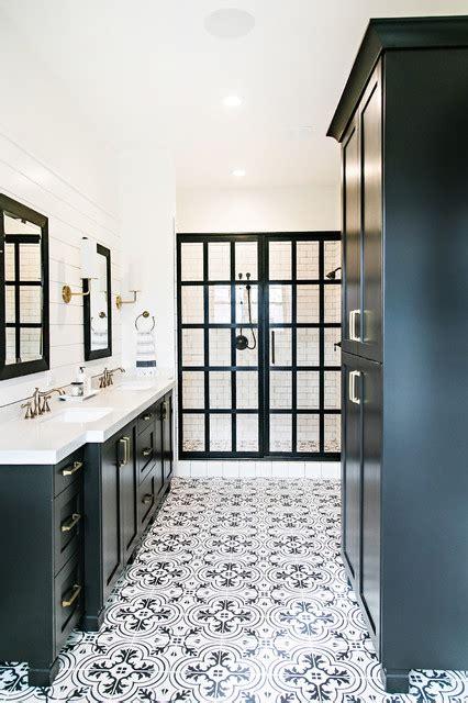 amazing black  white floor tile patterns bathroom