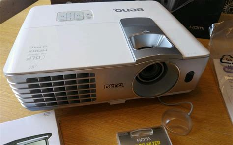 Projector Home Cinema Benq W1070 benq w1070 1080p hd throw home cinema