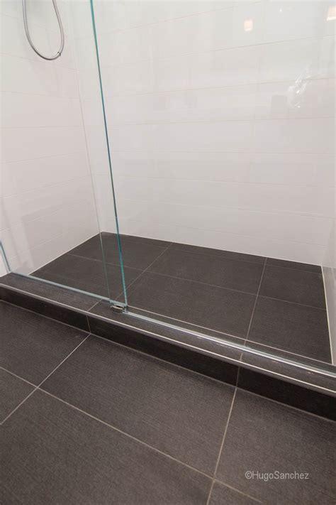 big tiles linear shower drain c 233 ramiques hugo inc