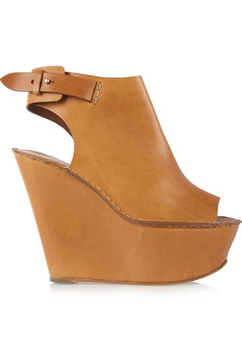Leather Wedges 2 chlo 233 peep toe leather wedges in brown lyst