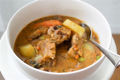oxtail soup diverse dinners