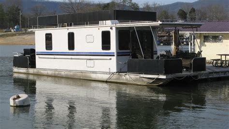 houseboats for sale tn 1999 horizon 10 x 42 aluminum pontoon houseboat for sale