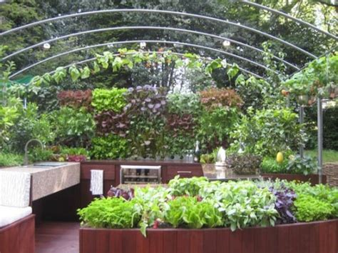 Backyard Kitchen Garden by Grilling In The Great Outdoors Essential Ideas For Your