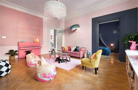 woonkamer roze roze scandinavische woonkamer interieur inrichting