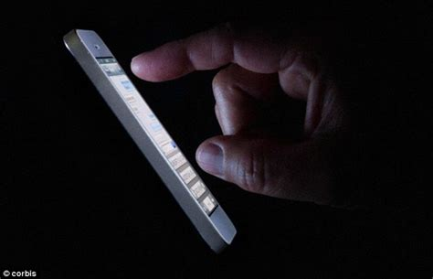 How To Fix Night Blindness Could Using Your Phone At Night Cause Blindness Daily