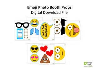 emoji party photo props