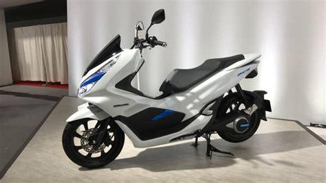 Pcx 2018 Eletrica by Honda Pcx Ganha Vers 245 Es El 233 Trica E H 237 Brida Em T 243 Quio
