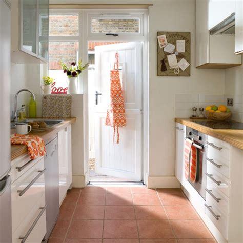 kitchen flooring ideas uk terracotta kitchen floor tiles kitchen flooring ideas