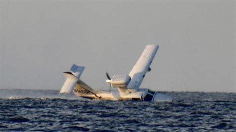 boat crash winnebago second person dies after seaplane crash in lake winnebago
