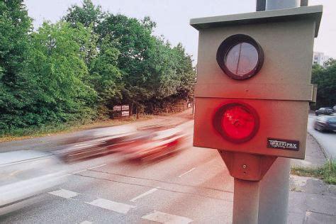 Probezeit Auto Blitzer by Geblitzt Was Sie Jetzt Wissen M 252 Ssen Ratgeber Recht